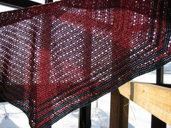 Eva's shawl4-1_R.JPG
